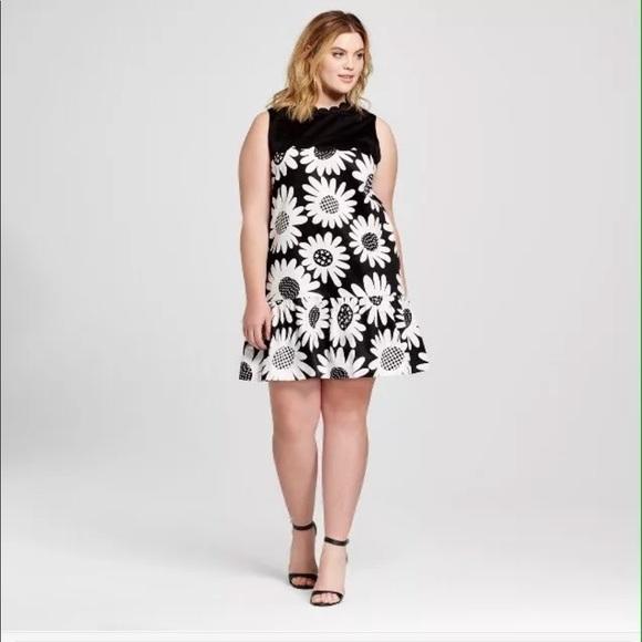b8e16bc6f7d Victoria Beckham Target Dress 2X Floral Sleeveless